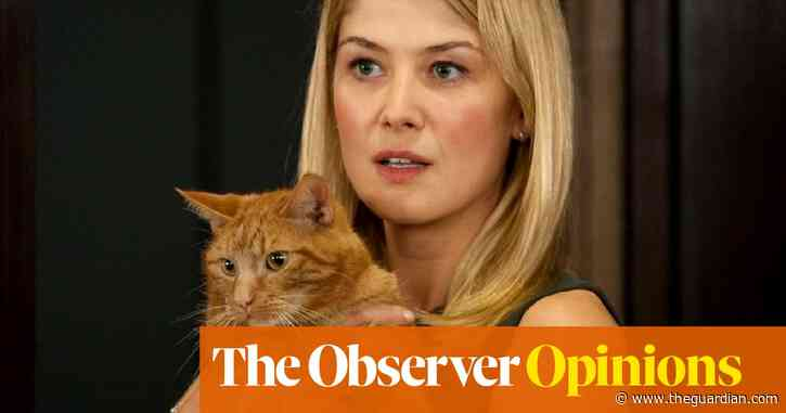 Rosamund Pike is right to call out digital 'tweaks' ... but aren't we all at it? | Barbara Ellen