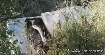 Volcadura en carretera Irapuato - Abasolo deja 2 lesionados - Periódico AM