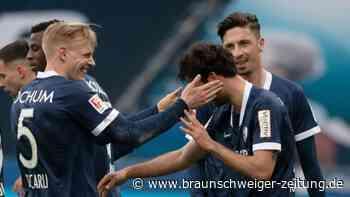 2. Liga: Bochum und Kiel vorne - HSV und Fürth unter Druck