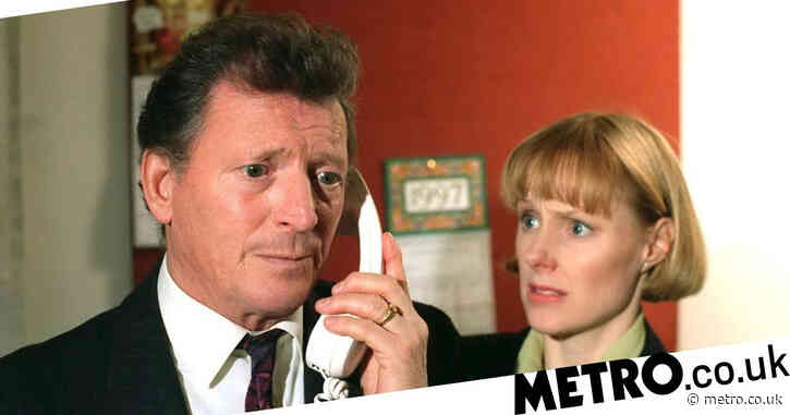 Coronation Street stars pay tribute as Mike Baldwin actor Johnny Briggs dies aged 85