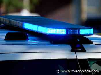 Two dead after separate fatal car wrecks in Toledo