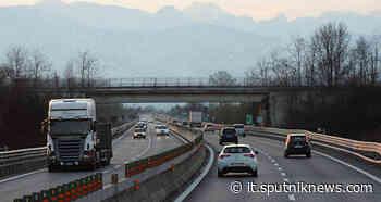 Viareggio, maxi multa ad un'autista che taroccava la centralina del tir per risparmiare gasolio - Sputnik Italia