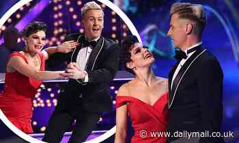Dancing On Ice: Faye Brookes skates to Pretty Woman alongside new partner Matt Evers