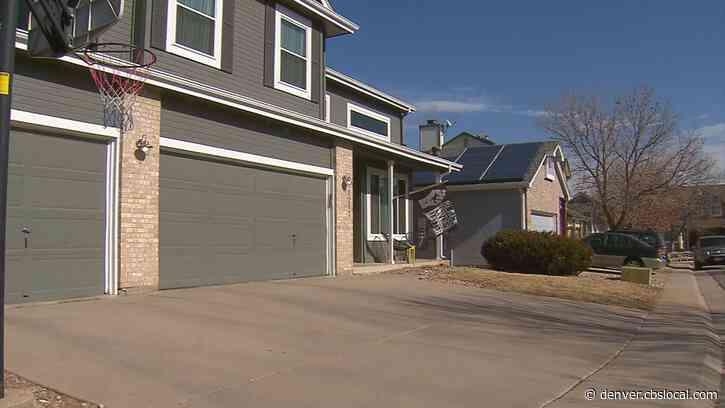 Littleton Couple & Neighbors Support Change To HOA's Flag Policy