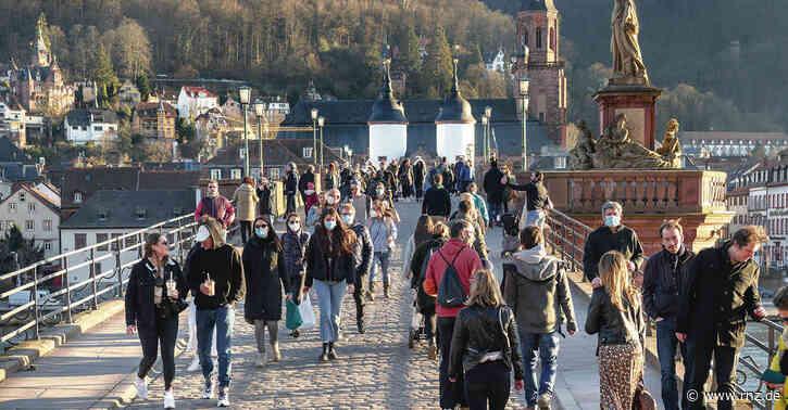 Frühlingswetter in Heidelberg:  Wieder tankten Tausende Menschen Sonne