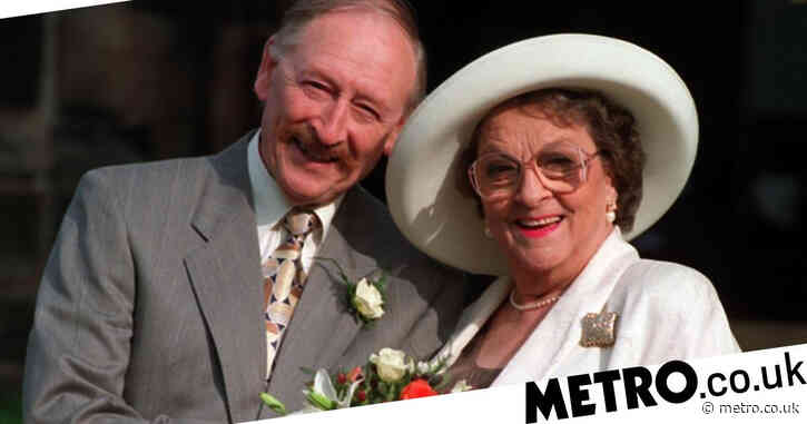 Coronation Street actor Frank Mills dead aged 93