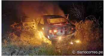 La Libertad: Hampones asaltan y queman automóvil en Santiago de Cao - Diario Correo