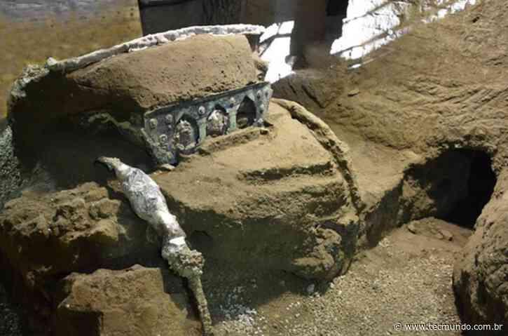 Arqueólogos descobrem carruagem soterrada na região de Pompeia - Tecmundo