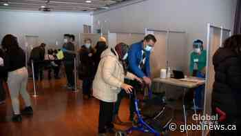 Pierrefonds-Roxboro residents line up for first shot | Watch News Videos Online - Globalnews.ca