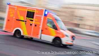 81-Jähriger übersieht beim Abbiegen in Wolfenbüttel PKW