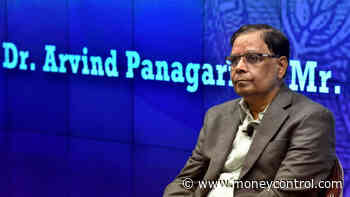 Indian economy on #39;upswing#39;; govt set to spend more along with pro-growth reforms: Arvind Panagariya