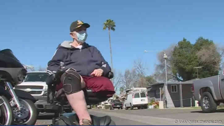 Disabled Veteran Stuck Indoors For 2 Years Finally Leaves Home After Volunteers Build Wheelchair Ramp