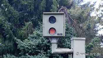 In Kamp-Lintfort beschädigen zwei Unbekannte einen Blitzer - NRZ