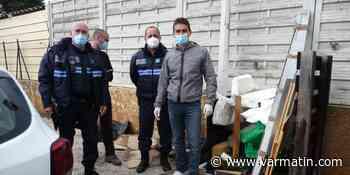 Le coup de colère du maire de Carqueiranne devant la multiplication des dépôts sauvages - Var-Matin