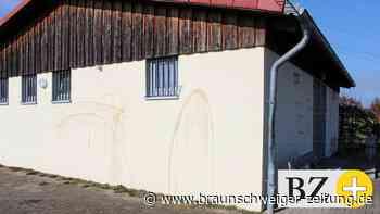 Bosporus-Haus in Peine mit Hakenkreuzen beschmiert