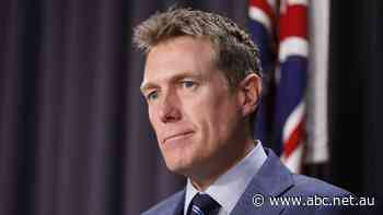 Cabinet minister Christian Porter strenuously denies historical rape allegation