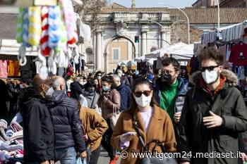 Covid, gran folla nelle città: da Roma a Milano, da Napoli a Torino - Foto Tgcom24 - TGCOM