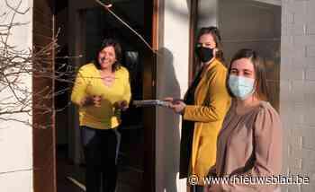 Milieuschepen bezoekt zwerfvuilvrijwilligers aan huis (Hamme) - Het Nieuwsblad