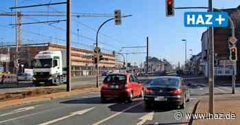 Laatzen: Veloroute für Radfahrer wird auf Hildesheimer Straße gemalt - Hannoversche Allgemeine