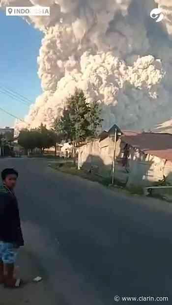 Video: erupciona el Volcán Monte Sinabung de Sumatra en Indonesia - Clarín.com