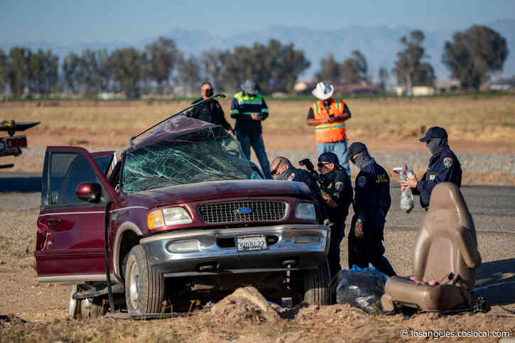 Border Patrol: SUVs Loaded With Migrants Came Through Hole In Border Fence, Believed To Be Part Of Smuggling Operation