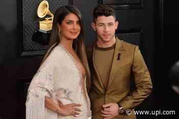 'Calls': Nick Jonas, Lily Collins, Pedro Pascal set for Apple TV+ series - UPI News