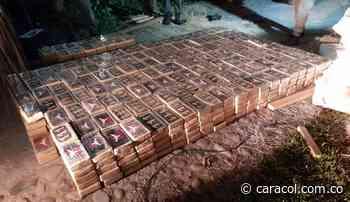 Incautan 800 kg de cocaína ocultos en un parqueadero de Carepa, Antioquia - Caracol Radio