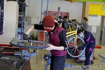 À La Rochelle, une formation pour les demandeurs d'emploi afin d'apprendre à entretenir des vélos - Sud Ouest