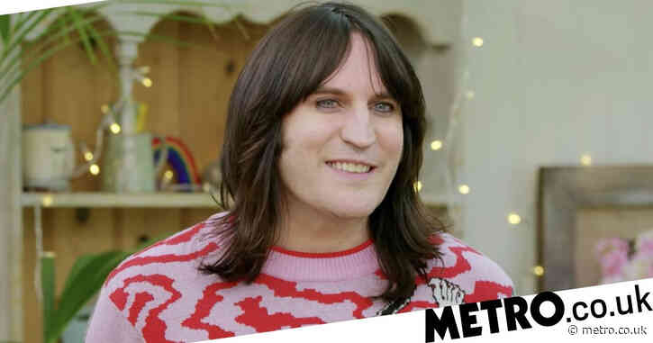 Noel Fielding accepts 'substantial damages' as he settles phone hacking claim