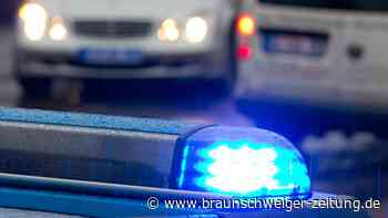 Kleinbus gerät auf B1 bei Vechelde in Gegenverkehr