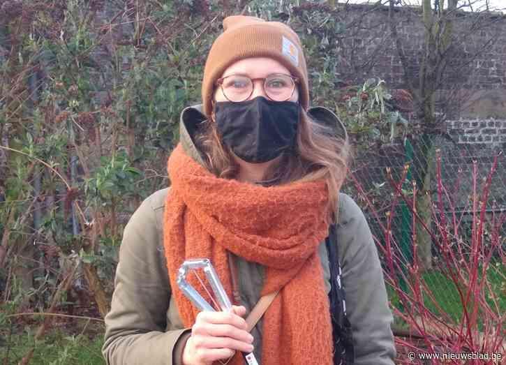 Tina is honderdste zwerfvuilvrijwilliger