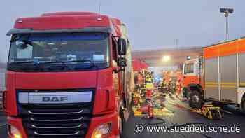 Tödlicher Auffahrunfall auf Autobahn 7 - Süddeutsche Zeitung