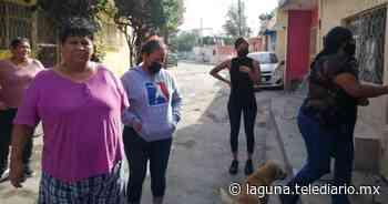 En colonia Nueva Rosita piden ayuda para joven con trastorno psicótico que agrede a vecinas - Telediario Laguna