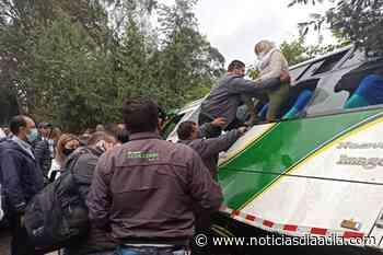 Accidente de autobús deja varios lesionados en la vía Facatativá – El Rosal, Cundinamarca - Noticias Día a Día