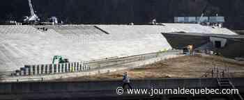 Japon: les murs anti-tsunami, massif héritage de la catastrophe de 2011