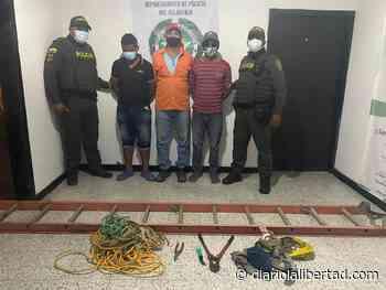 Tres capturados cuando intentaban robar cables en zona rural en Tubará - Diario La Libertad