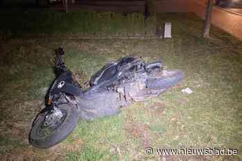 Bromfietsster gewond na frontale botsing met auto in Bilzen