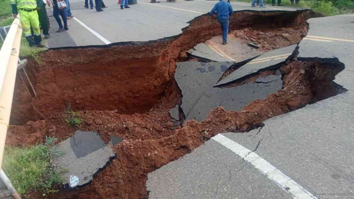 Reportan hundimiento de la capa asfáltica en la ruta Yacuiba-Villamontes - Diario Pagina Siete