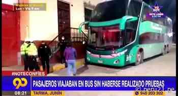 Tarma: PNP interviene a 30 pasajeros que viajaban en bus sin haberse realizado pruebas COVID - Diario Perú21