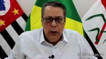 Prefeito de Pirassununga viraliza ao chamar negacionistas de 'zóio tapado' - ISTOÉ
