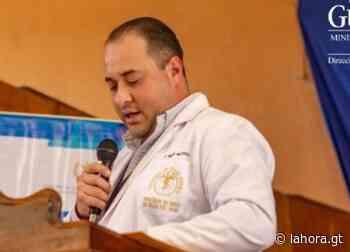 Buscan capturar a ex director de Área de Salud de Santa Rosa por varios delitos - La Hora
