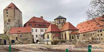 Burg Querfurt bleibt Baustelle: Darum stocken die Sanierungsarbeiten im Innenhof - Mitteldeutsche Zeitung