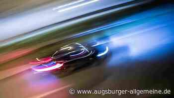 Betrunkener Autofahrer flüchtet mit 100 Stundenkilometern vor der Polizei