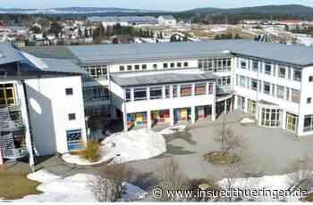 Diffuse Infektionslage: Gymnasium Neuhaus macht wegen Corona dicht - inSüdthüringen
