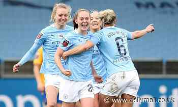 Manchester City beat Everton to keep the pressure on Chelsea at the top of the WSL