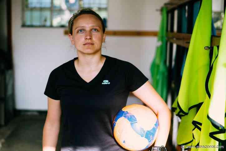 Conmebol reconoce a la mujer al decretar el Día del Fútbol Sudamericano Femenino