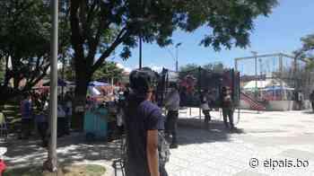 Tarija: Pese a restricciones, en el barrio Avaroa hay feria y juegos - El País
