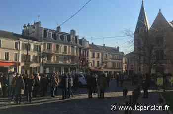 Essonne : mobilisation contre un «climat mafieux» devant la mairie d'Etampes - Le Parisien