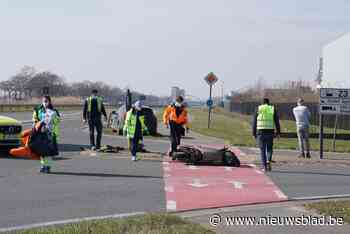 Bromfietser zwaargewond na aanrijding door vrachtwagen