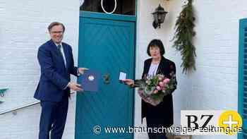 Gifhorn: Hannah Freifrau von Senden erhält Bundesverdienstkreuz